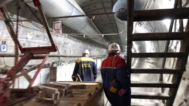 Судебные приставы помогли метростроителям получить зарплату за июнь и июль