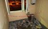 """В доме на Маршала Захарова неизвестные """"взорвали"""" мусоропровод и трубу"""