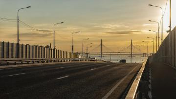 Смольный выделит на ремонт дорог ещё 2,4 млрд рублей