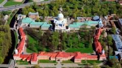 Губернатор Петербурга поручил завершить реставрацию Александро-Невской лавры к 1 сентября