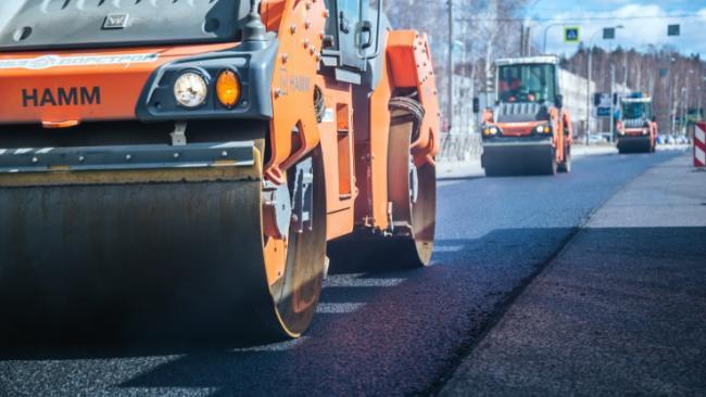 Правительство РФ направит из резервного фонда 93 млрд руб на дороги