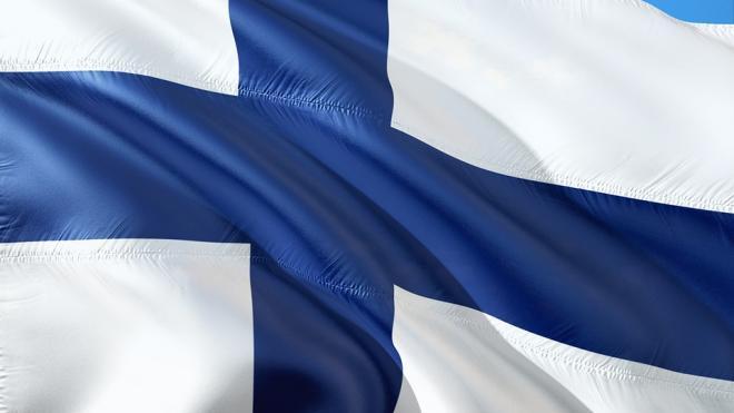 Финляндия частично открыла границу для граждан России