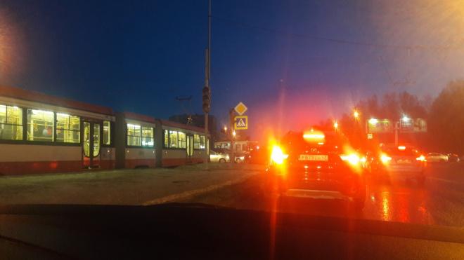 На пересечении проспекта Культуры и Северного пробка: на участке не работает светофор