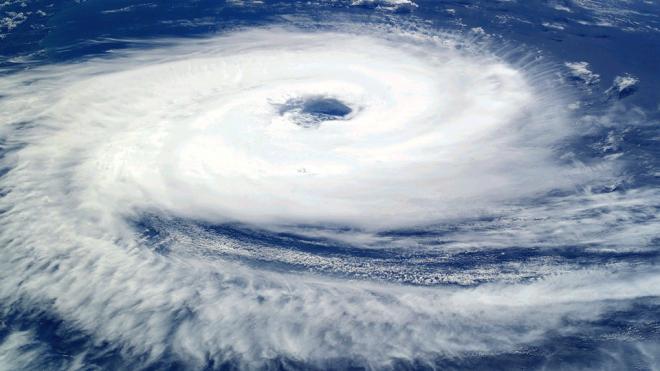 Россиян просят не ездить в Таиланд и Вьетнам из-за угрозы обрушения тайфуна