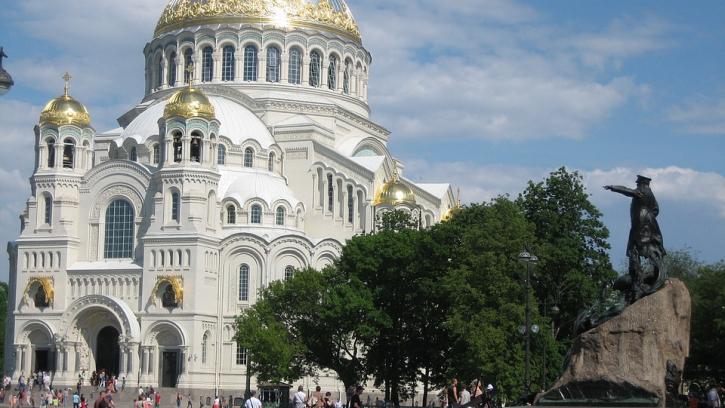 В Петербурге проанализировали обращениям граждан в Центр обработки вызовов 004
