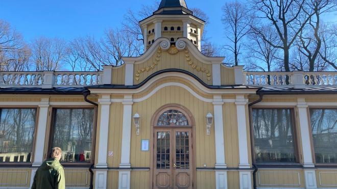 Главный хранитель садов Русского музея рассказала, для чего Летний сад закрывают на просушку
