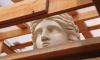 Реставрация скульптур Ростральных колонн подходит к концу