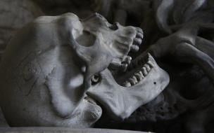 В Петербургепосле пожара в бывшей общественной бане нашлимужской скелет