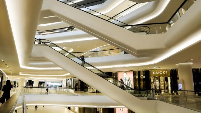 В Петербурге торговым центрам снизят налоги