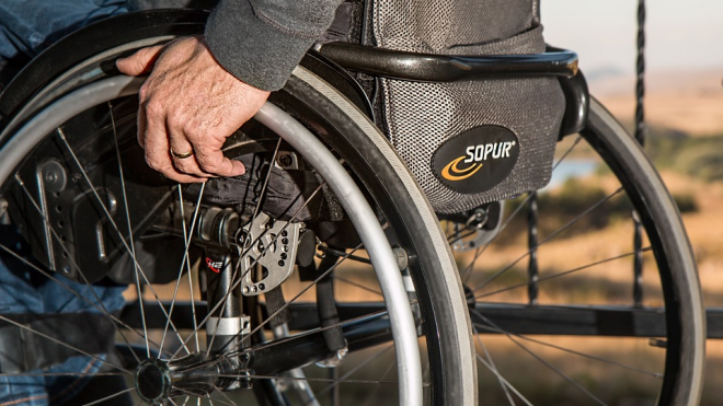 В Петербурге планируют увеличить количество рабочих мест для инвалидов