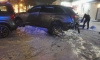 Взорвавшаяся шина на Маршала Жукова разбила окна квартиры на шестом этаже