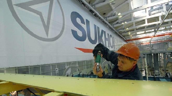 У производителя SSJ-100 возникли проблемы с комплектующими из-за санкций