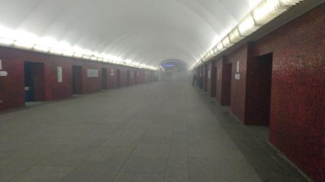 В Смольном объяснили, почему из-за сбоя в метро не пустили дополнительные автобусы