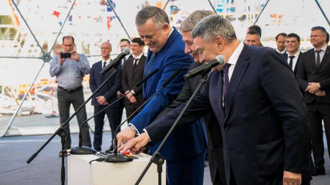 В Высоцке начал работу новый терминал по производству сжиженного природного газа