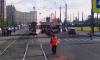 На улице Дыбенко трамваи встали в пробку из-за сошедшего с рельсов состава