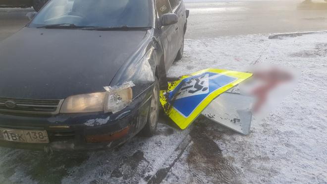 Под Иркутском автоледи без прав сбила на тротуаре 2х школьниц