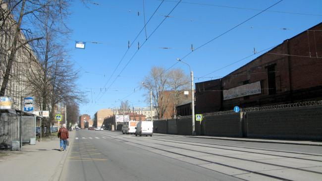 КИО Петербурга взыскал 2 млн с торгового дома на Кондратьевском проспекте