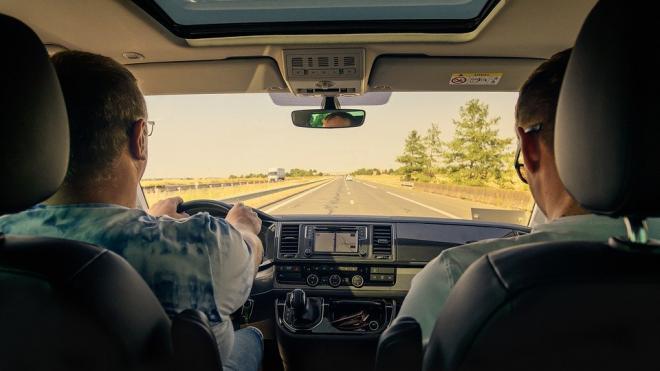 В Петербурге и Москве вырос спрос на автомобили