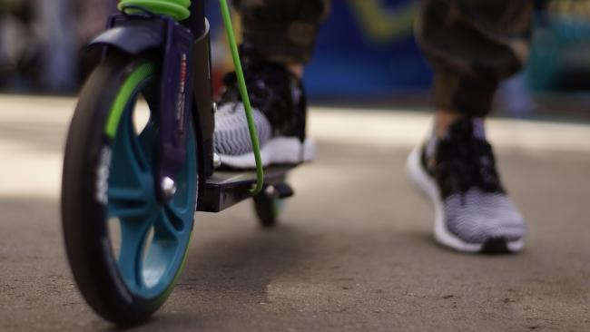 В Петербурге в десятки раз увеличились наезды самокатчиков на пешеходов