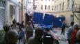 Петербуржцы протестуют против строительства мансарды ...