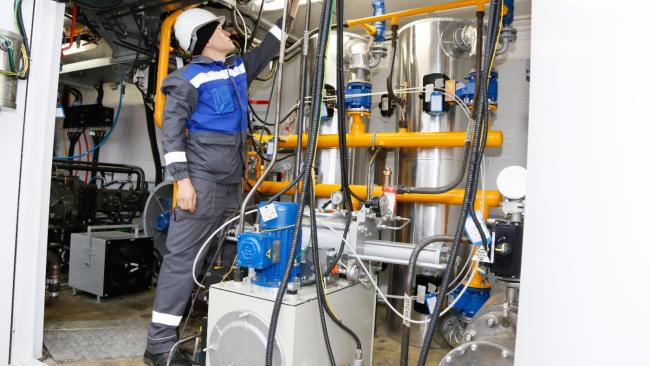 """""""Газпром"""" в январе-апреле увеличил добычу почти на 14%."""