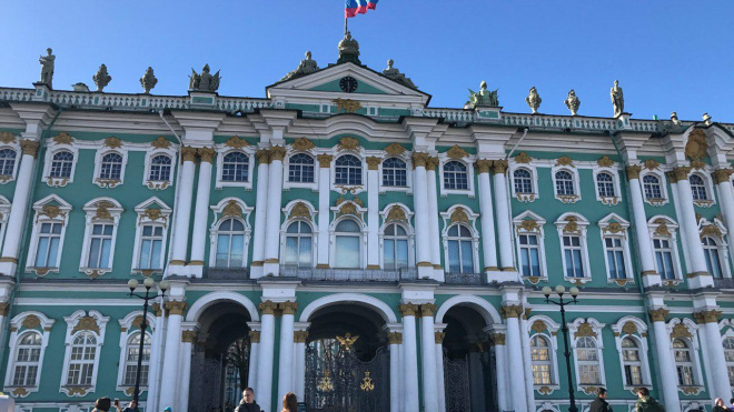 """Власти Петербурга: """"В ближайшие годы поток туристов должен увеличиться"""""""