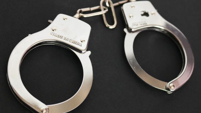 """Двое лжеполицейских сковали наручниками и похитили инженера """"Адмиралтейских верфей"""""""