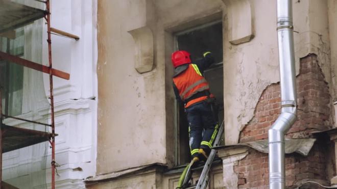 Пожар на Новгородском локализовали. Пострадавших нет