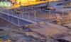 В бетонный блок на Комендантском проспекте врезался автомобиль