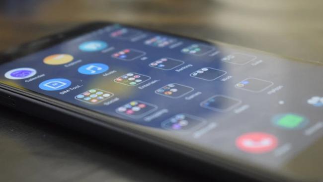 Xiaomi выпустит смартфоны с гибким экраном в 2021 году