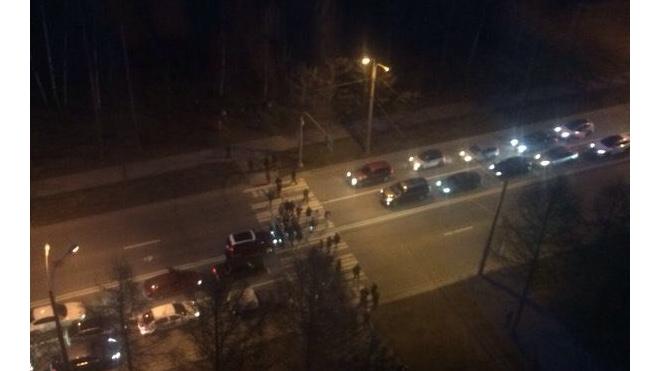 Флешмоб на проспекте Тореза привел к дракам с водителями