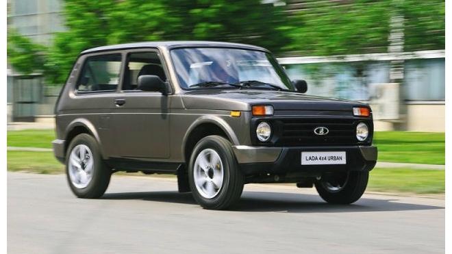 АвтоВАЗ приостанавливает выпуск Lada на заводе в Тольятти в начале октября на несколько дней