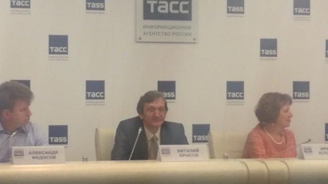 ЕГЭ в Петербурге ожидают лишь организационные изменения, для выпускников - все будет по-прежнему
