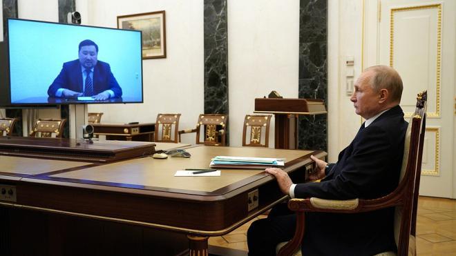 Владимир Путин отправил в отставку главу Тувы