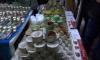 На юго-западе Петербурга изъяли 500 банок паленой икры