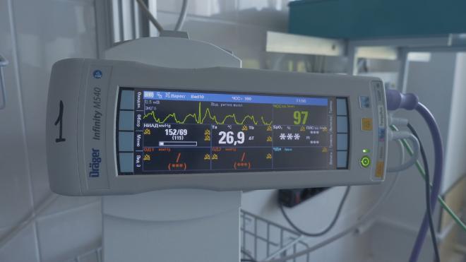 В этом году в Петербурге хотят закупить технику для 73 медицинских организаций