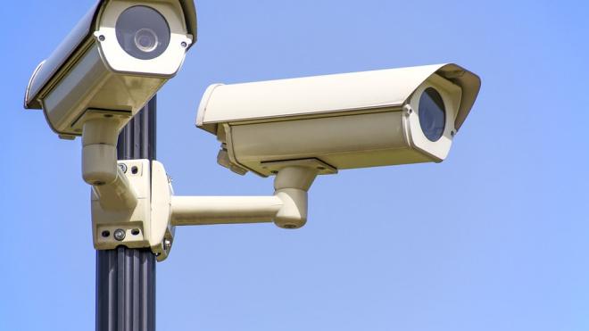 Смольный закупит более трех тысяч камер видеонаблюдения