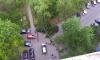 Еще три дерева за день упали на машины в разных районах города