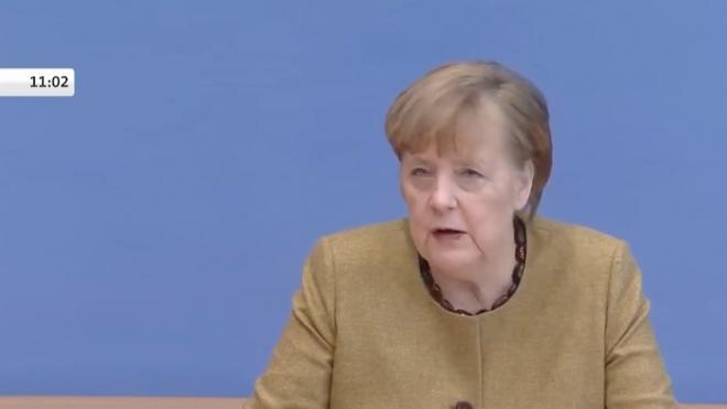 """Меркель раскритиковала санкции США в отношении """"Северного потока — 2"""""""