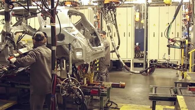 Дешевеющие автомобили Lada стали главным хитом продаж на рынке Латвии