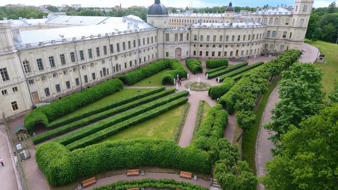 В Гатчинский дворец вернули 2 экспоната, спасенные во время ВОВ