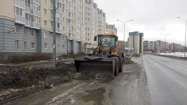 С улиц Петербургавывезли3 миллиона кубометров снега