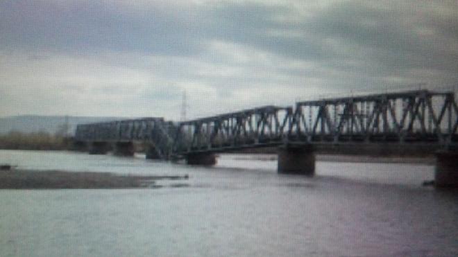 В Хакасии железнодорожный мост обрушился из-за подмыва опоры