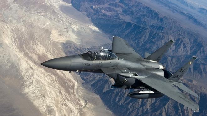 Китайские истребители унизили и перехватили американский самолет-разведчик