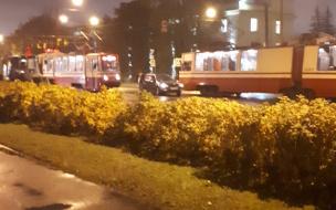 В Кировском районе ДТП заблокировало движение трамваев