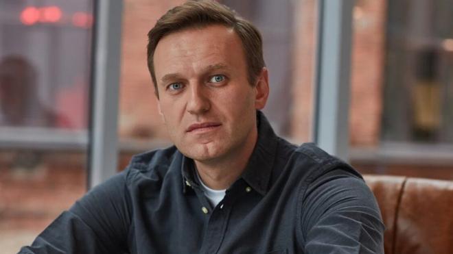 """Кинокритики поссорились из-за выдвижения Навального на премию """"Белый слон"""""""