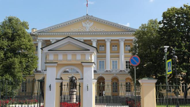 За 10 месяцев 2020 года в Петербурге уже собрали более 472 млн рублей налогов
