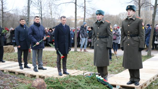 В Петербурге торжественно захоронили останки12 солдатВеликой Отечественной войны