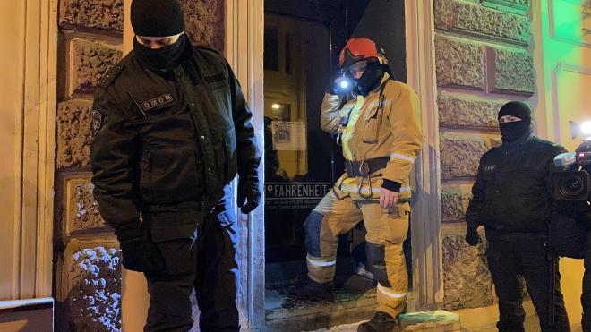После ночного рейда в центре Петербурга опечатали четыре заведения