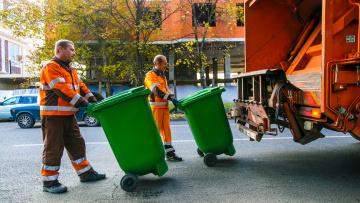 Госдума одобрила закон о НДС для региональных мусорных операторов